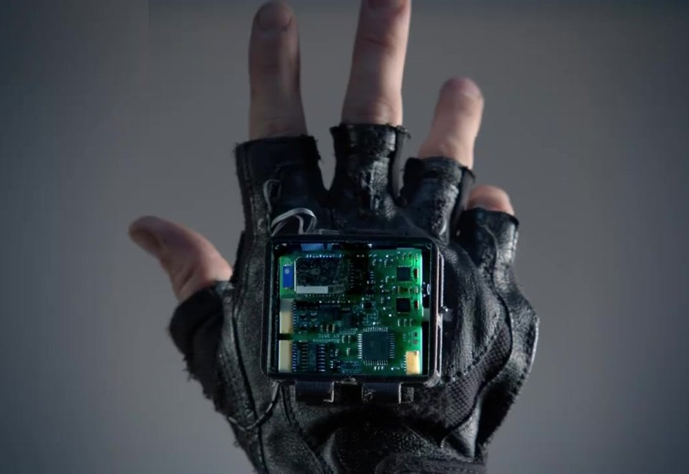 sample_glove (1).jpg