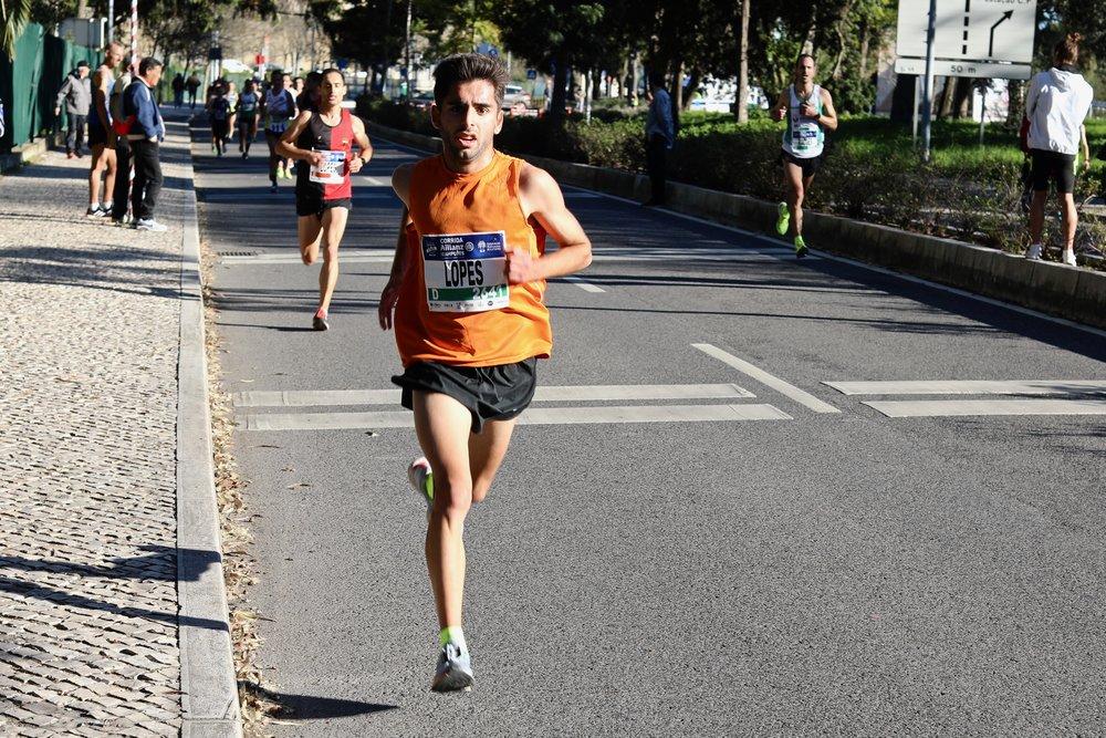 Rafael Lopes, inserido no projecto run2improve, acaba no pódium junior destes nacionais de estrada ao ser 3º classificado. Resultado de uma dedicação exemplar!