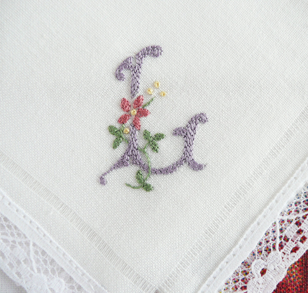 The monograms across the 10 handkerchiefs read D-I-E-T-S  F-A-I-L