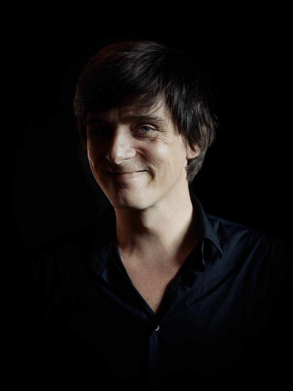 Novelist Simon Stranger
