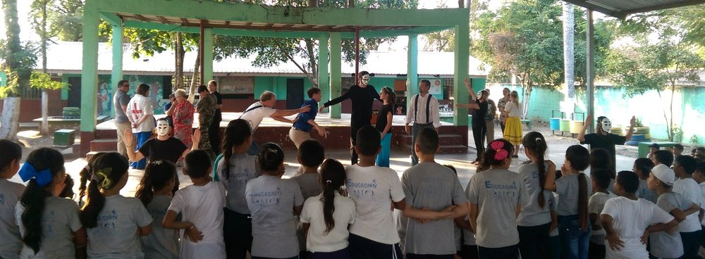 Presenting the drama in one of the schools in El Plan