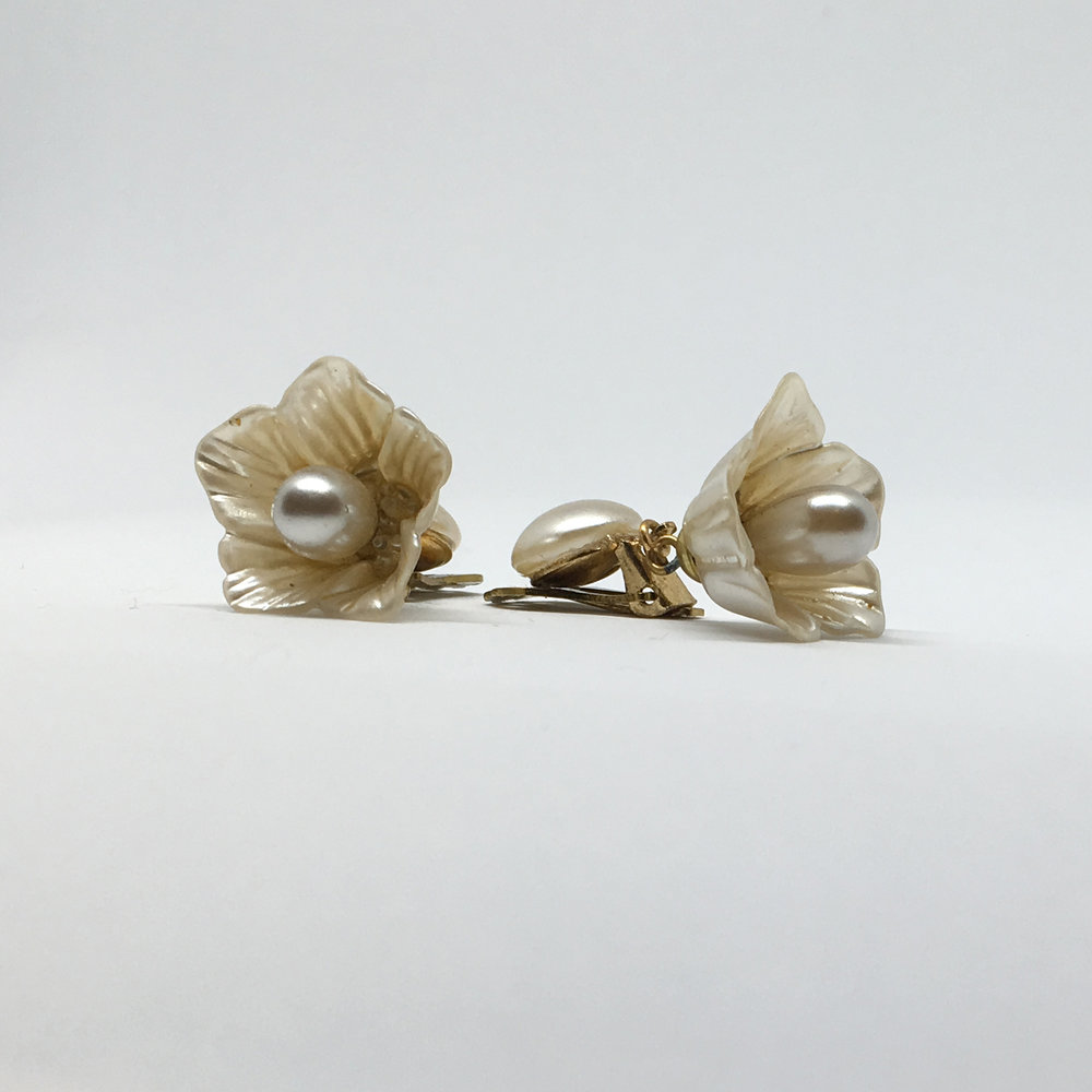 Pearl Drop Flower Earrings (clip fastening) £12.00