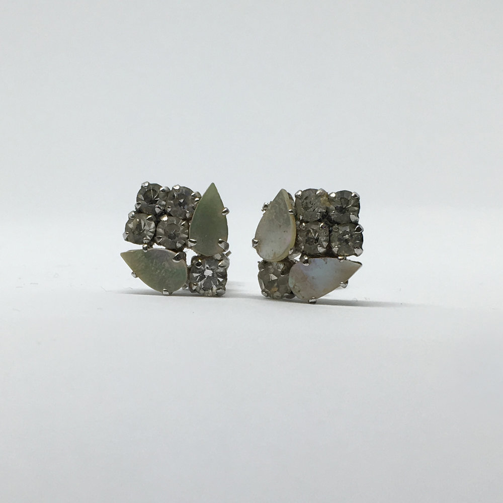 Diamante Flower Earrings (clip fastening) £15.00