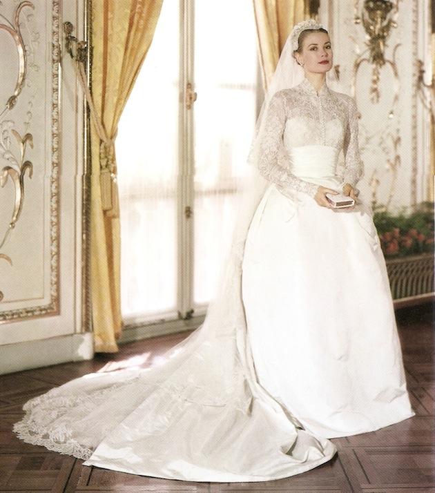 grace-kelly-wedding-ensemble.jpg
