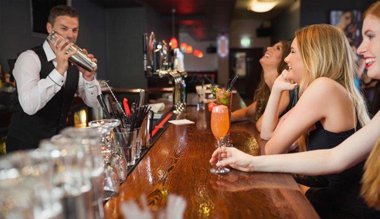 happy-people-at-bar.jpg
