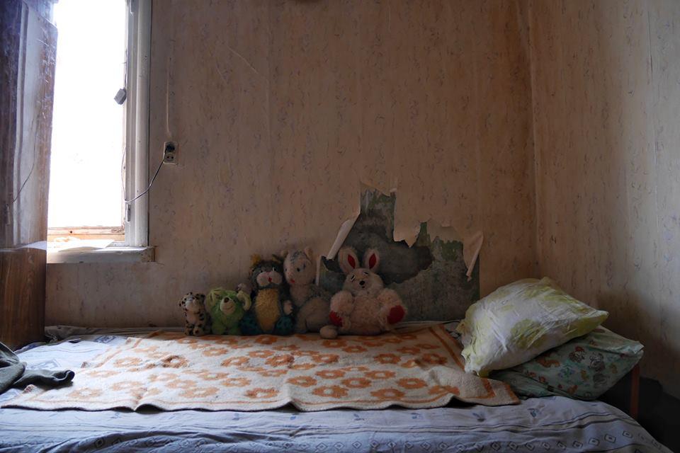 8. Säng.jpg