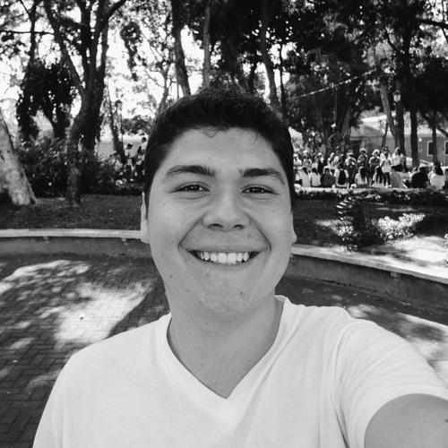Cristian Ugalde   Productor Audiovisual y website