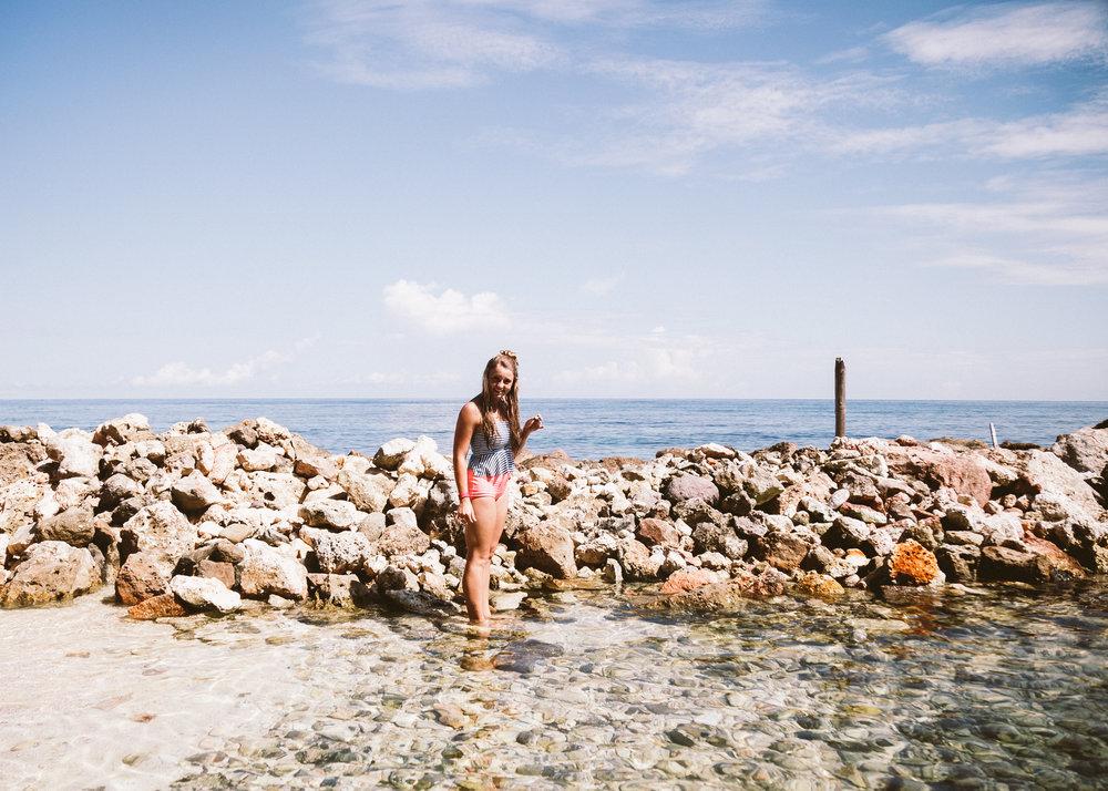 Travel Lifestyle | Travel Ideas | Inspiration | Travel Photography | Beach | Bucket List | Sledding | Dellany Elizabeth | Cayman Islands | Jamaica | Dolphin Cove | www.dellanyelizabeth.com