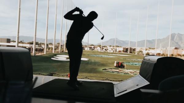 Utah Lifestyle | Pose Ideas | Lifestyle | Inspiration | Utah Photography | Lifestyle Photography | Dellany Elizabeth | Cancer I Cancer Free I top golf I Golf