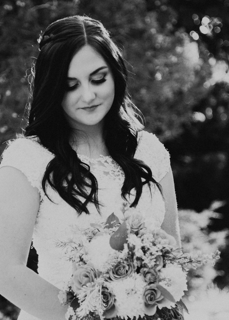 Photography | Couple | Lifestyle Photography | Coupe photography | Utah photographer | Groomals Photography | Bridal Photography Poses | Bridals I Groomals