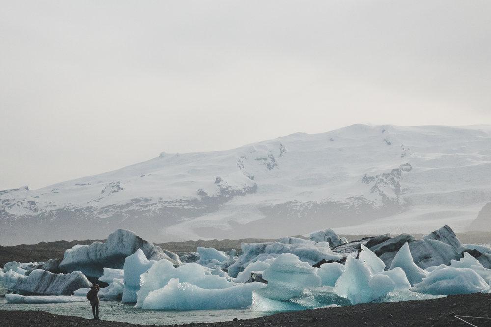 Jökulsárlón with the Breiðamerkurjökull glacier in background