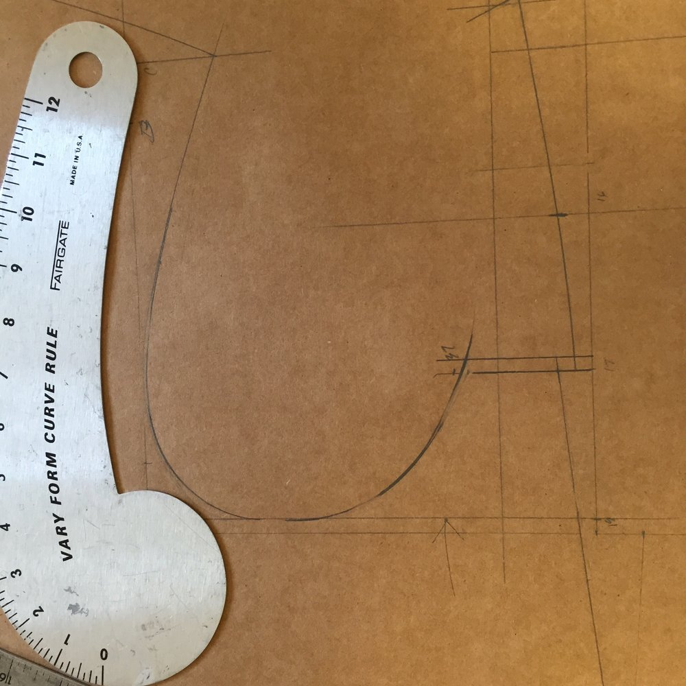 """The arrow shows where I have made the armhole higher. The Mitchell System armhole is already righ but I still raise it 1/4"""""""