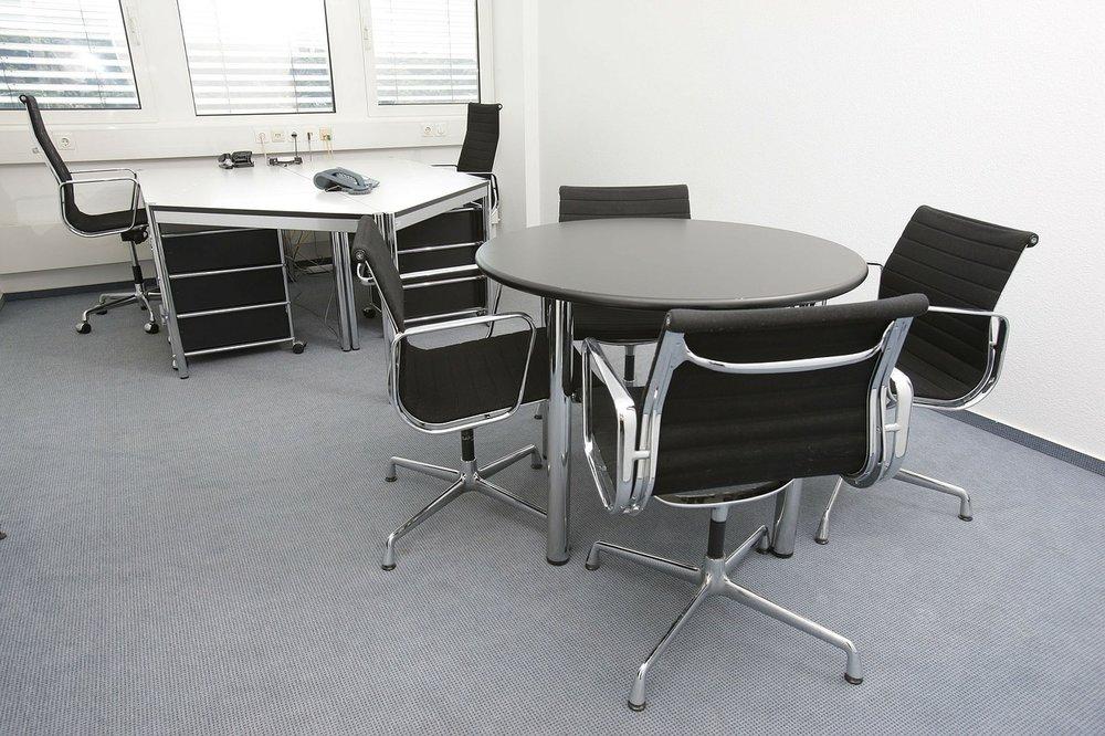 office-170638_1280.jpg