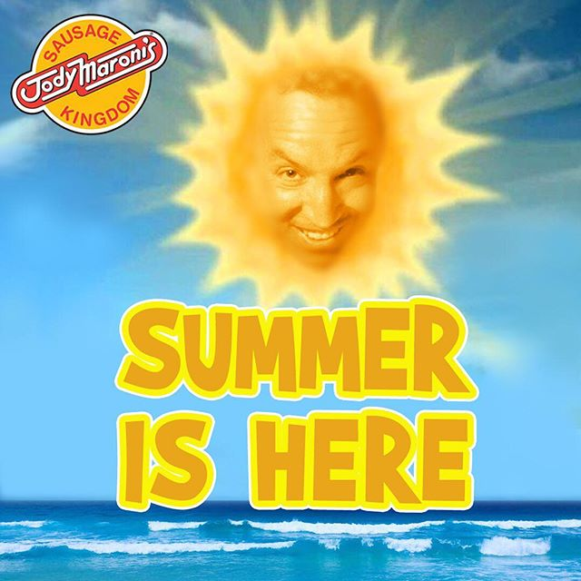 The first day of summer is today!! 😎😎 @jodymaronis. #jodymaronis #jodymaronissausagekingdom #summer #summerbreak #summer2017 #firstday #firstdayofsummer #venicebeach #venicebeachboardwalk #venice #california #losangeles #beach #hotdogs #sausages #hamburgers #cheeseburgers #fries