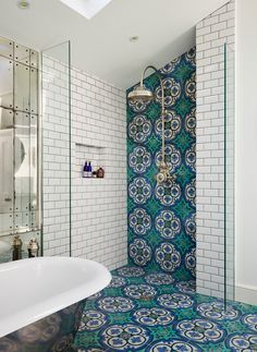 colourfulbathrooms7.jpg