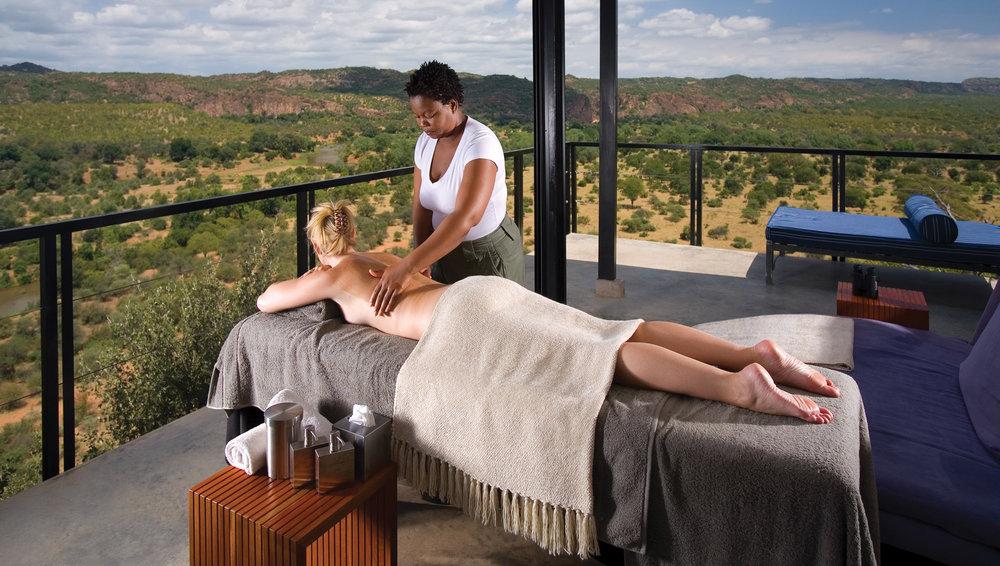 Massage sur Terrasse The Outpost
