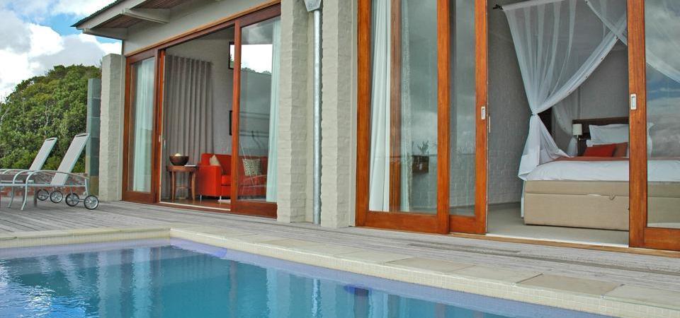 Vue piscine et chambre Grootbos