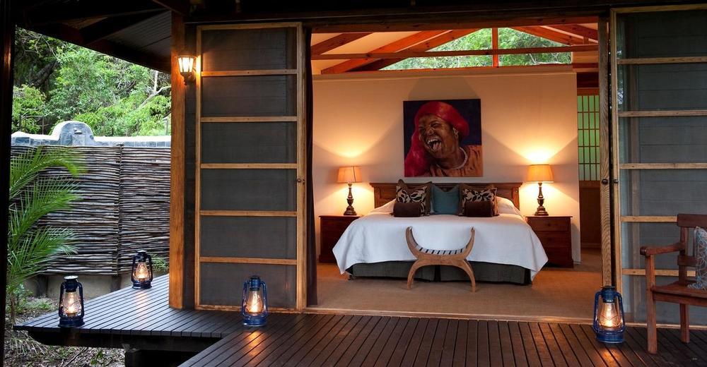 Vue intérieure chambre de l'extérieur Makakatana Bay Lodge