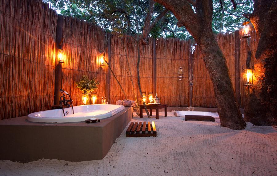 Salle de bain extérieure Kosi Forest Lodge