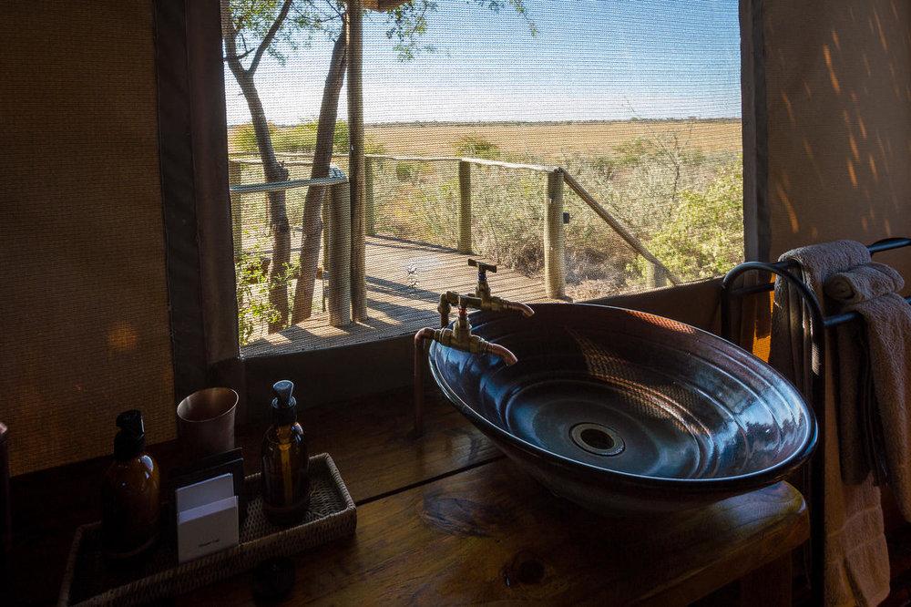 Vue salle de bain Kalahari Plains Camp