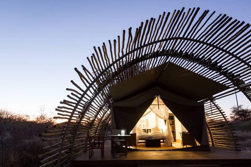 Vue extérieur lodge Haina Kalahari Lodge