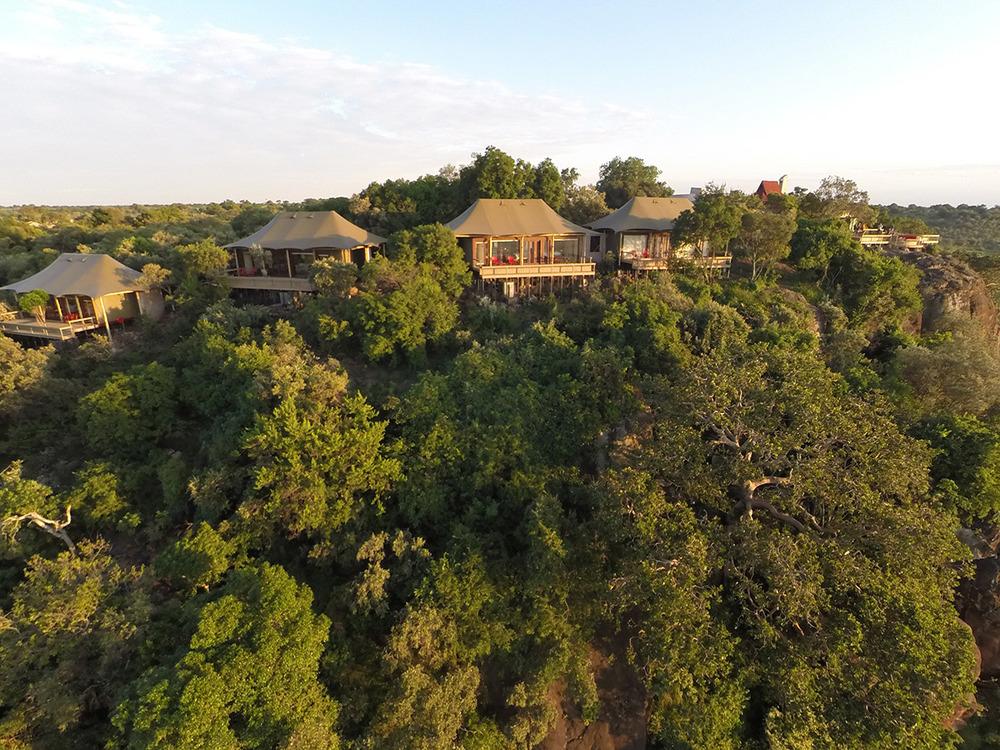 Vue extérieure du Camp Angama Mara