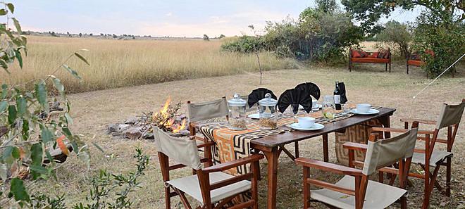 Déjeuner en extérieure Speke's Camp