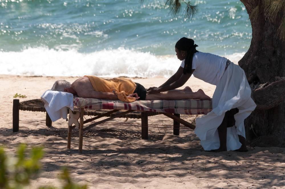 Massage sur plage Nuarro