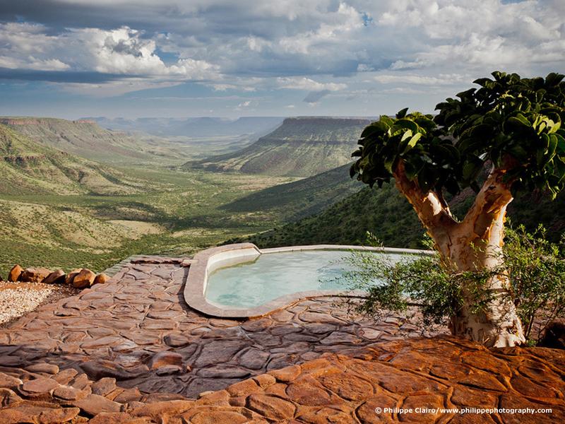 Vue panoramique de la piscine Grootberg Lodge