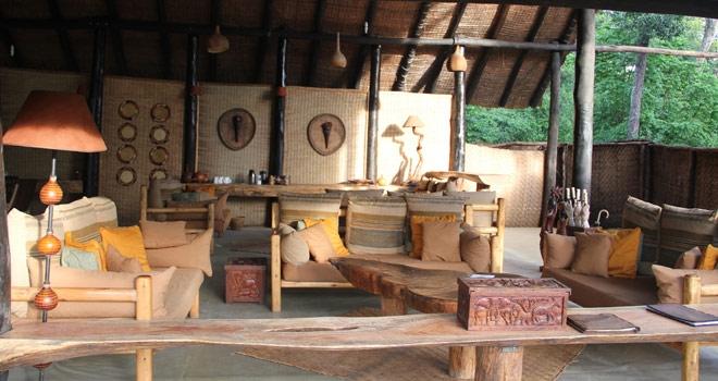 Salon Lodge principale Ishasha Wilderness Camp