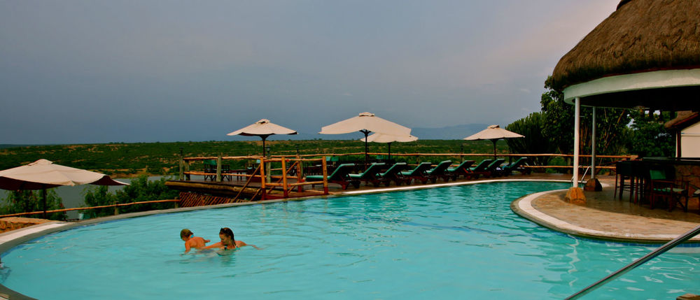 Piscine Mweya Safari Lodge