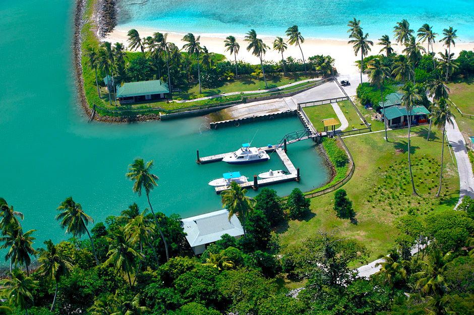 Port vue du Ciel Fregate Island