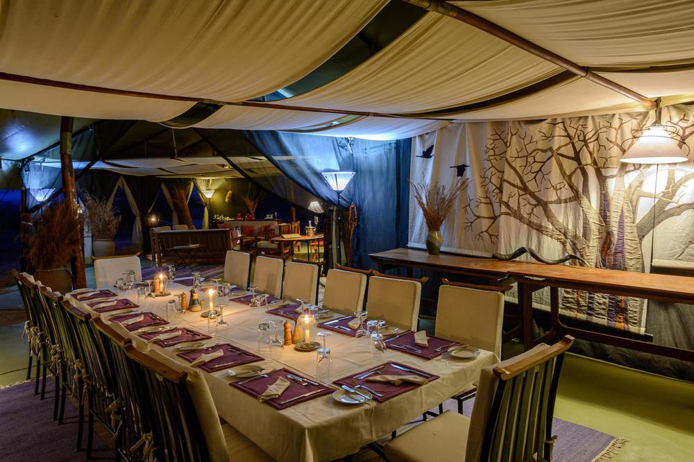Salle à manger Kwihala Camp