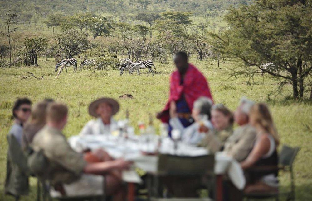 Déjeuner avec Zèbres Naboisho