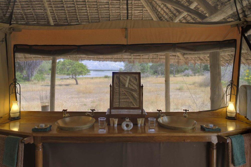 Salle de bain à Siwandu