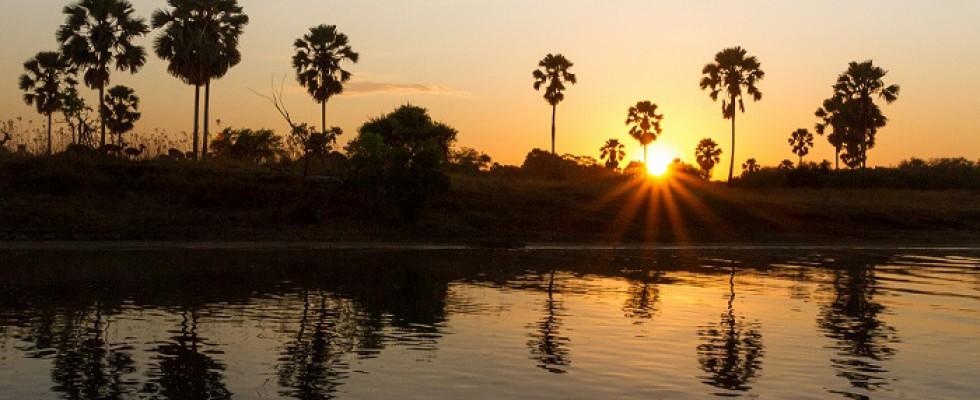 Coucher de soleil au Mvuu camp