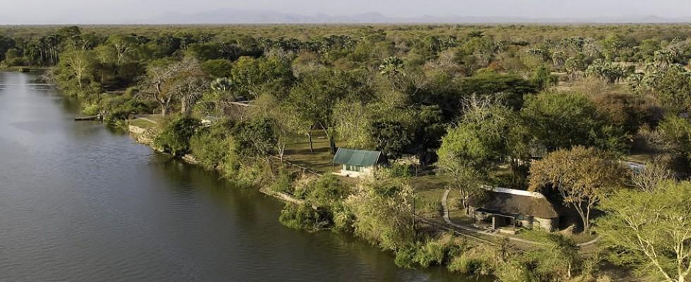 Vue aérienne du Mvuu camp