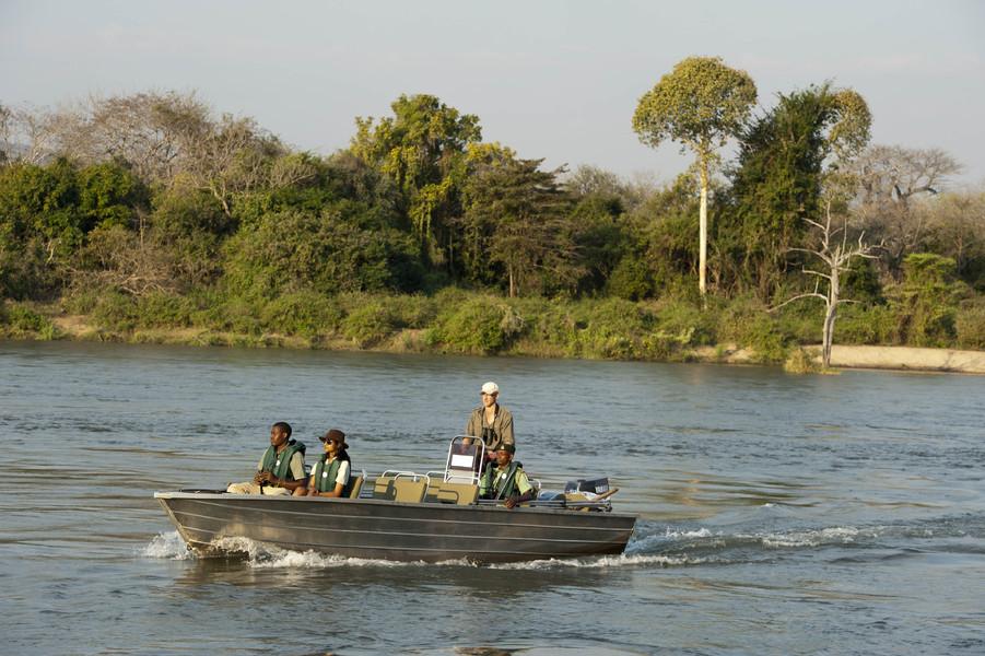 Safari en bateau au Mkulumadzi lodge