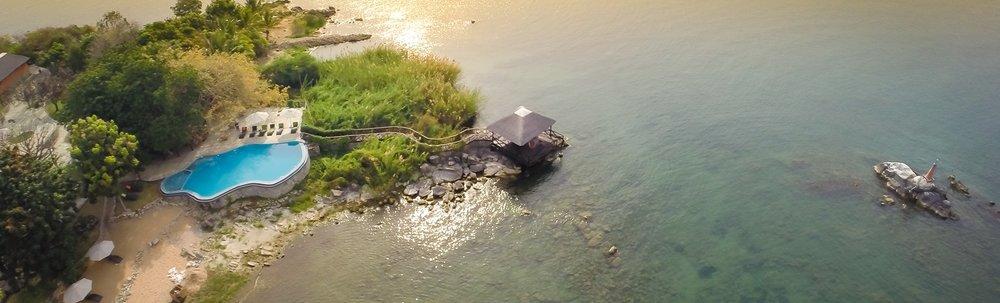 Vue aérienne du Blue Zebra Island lodge