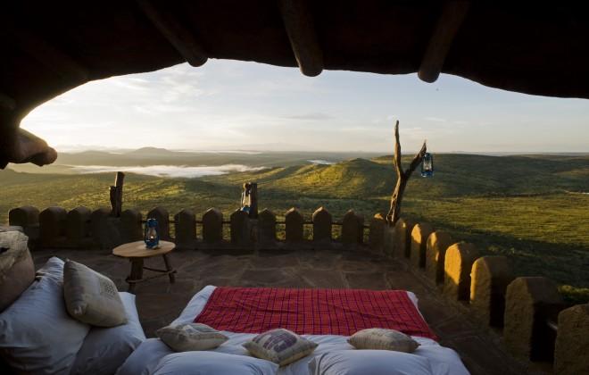 Safari sous les étoiles de loisaba - vue depuis le lit