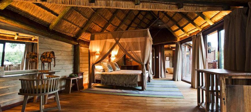 Safari et plage en une journée - chambre au Saadani Safari lodge