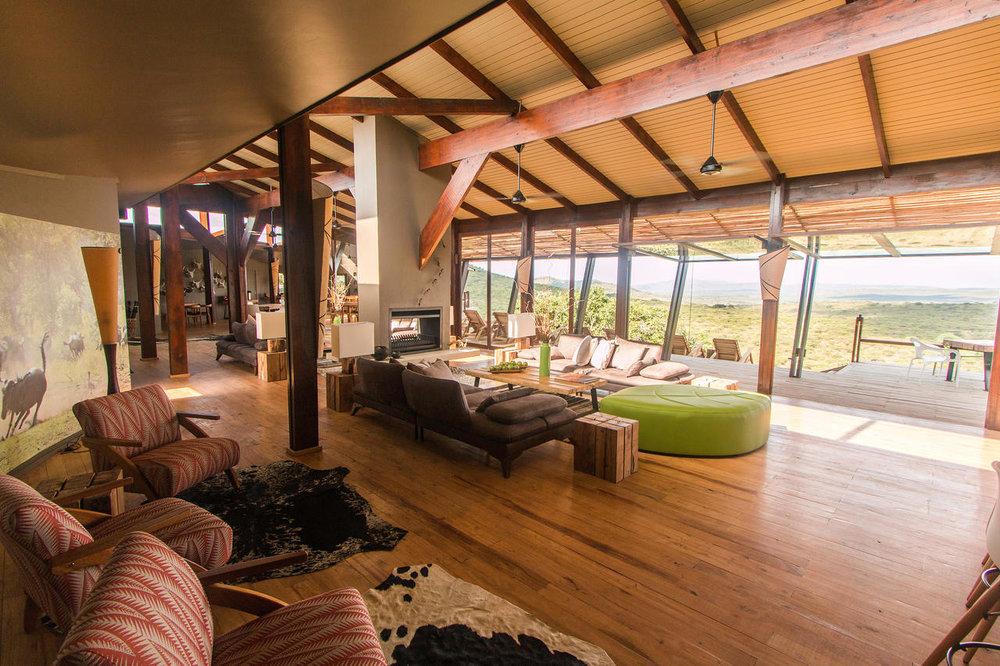 Intérieur du Rhino Ridge Safari lodge