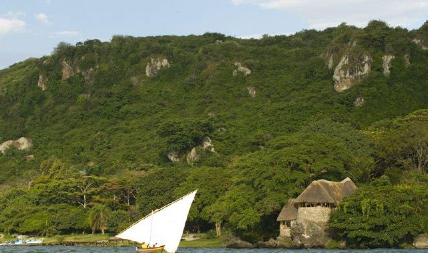 Pêcher sur le Nil au Mfangano Island lodge 6