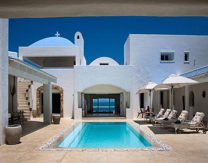 Patio et piscine de Santorini Mozambique