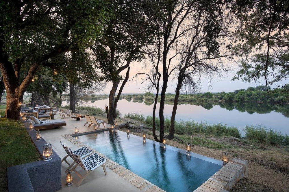 Piscine de Matetsi River House