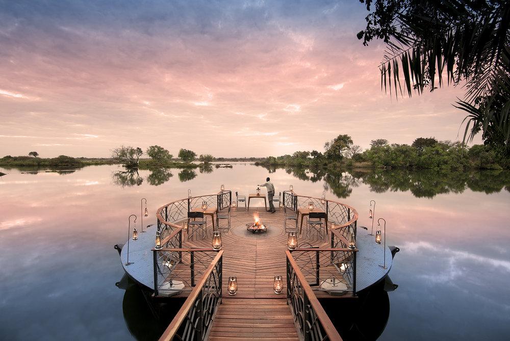 Safari le meilleur de l'Afrique australe _ coucher de soleil au Thorntree.jpg