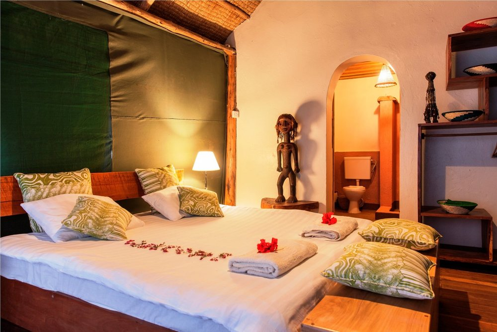Double+room+interior++Mutanda+Lake+Resort+_+Uganda.jpg