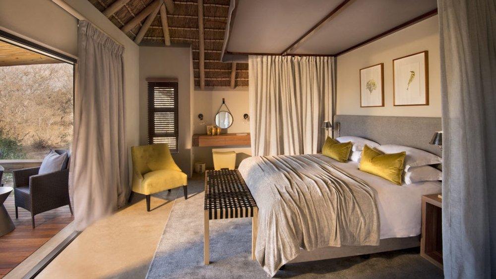 RockFig-Safari-Lodge_Bedroom-Interior0-2-1090x614.jpg