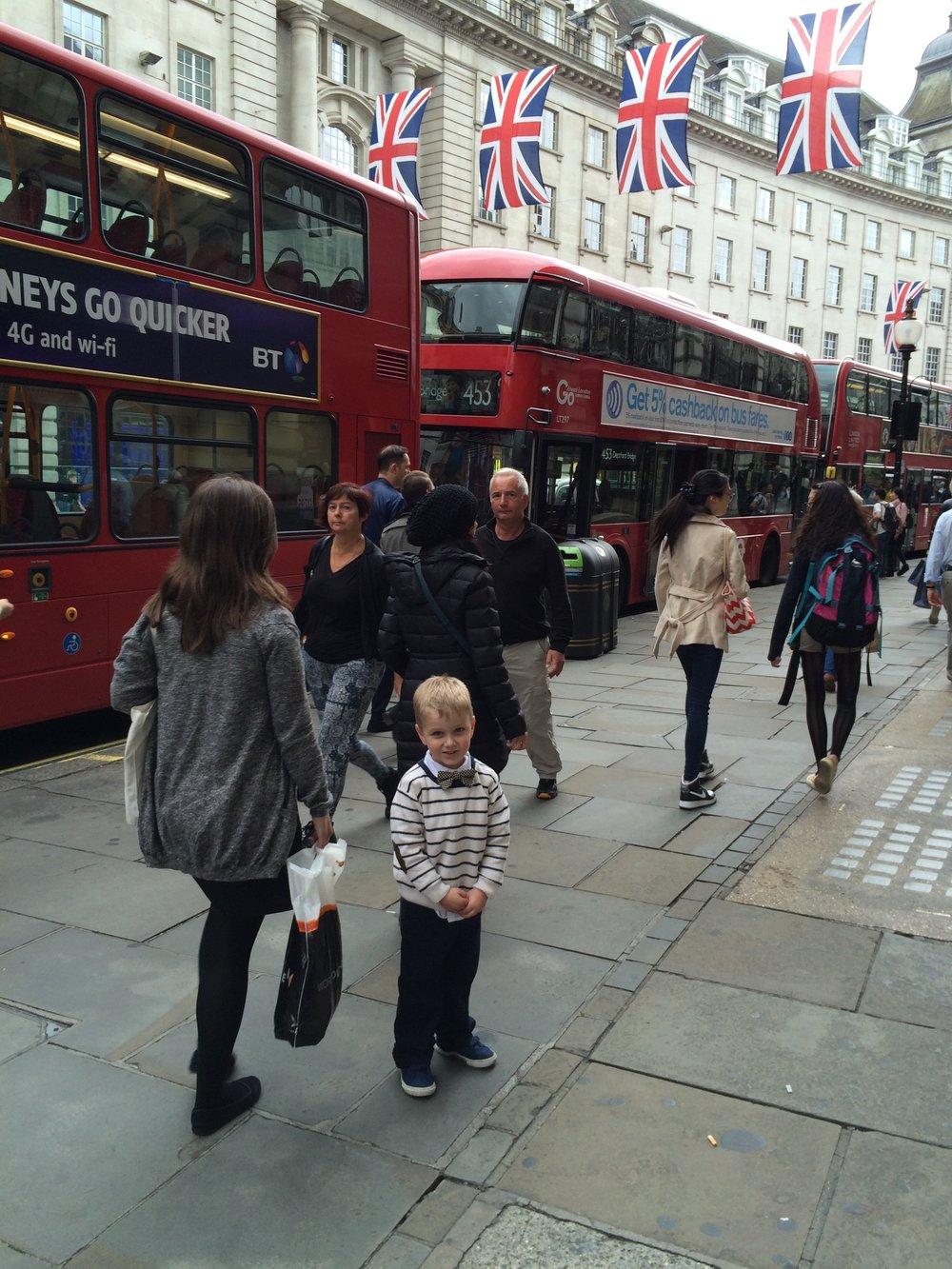 london regent street red bus