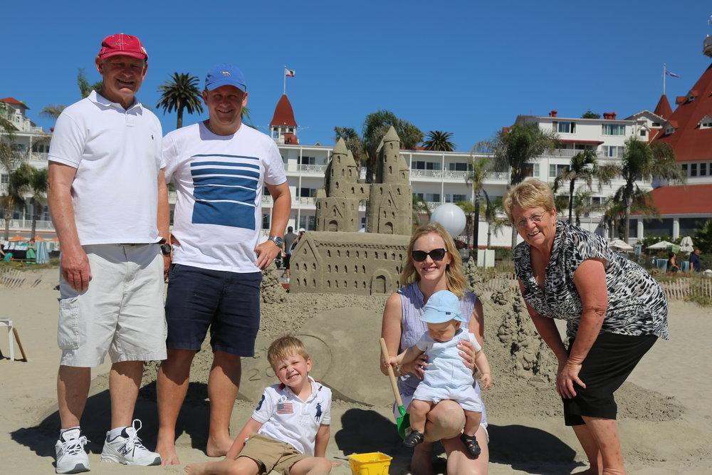 Del Beach Coronado the sandcastle man